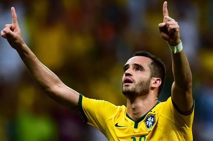 esporte-futebol-brasil-peru-20151117-011-original
