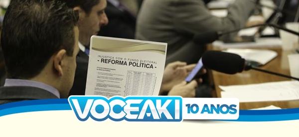 Brasília - A Comissão Especial da Reforma Política se reúne para votação do relatório parcial 3 do relator, deputado Vicente Cândido (Fabio Rodrigues Pozzebom/Agência Brasil)